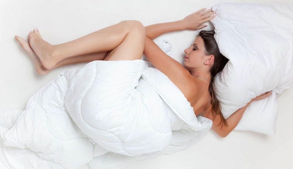 dormir melatonina mujer