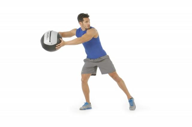 Abdominales lanzamiento lateral balón