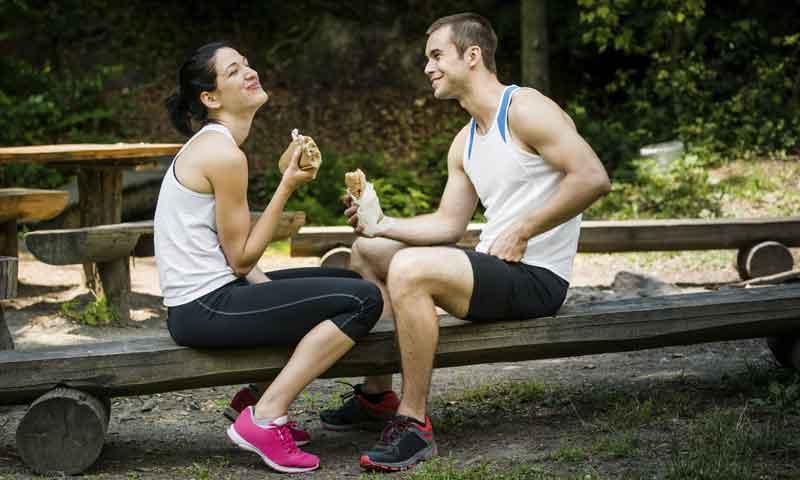 Dietas bajas en carbohidratos y deporte: ¿se puede competir sin comer pasta?