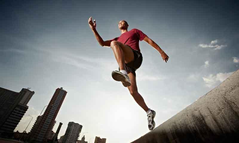 ¡Aprende a cruzar tu entrenamiento  y ponte en forma con Runtastic! ¡Sorteamos 3 paquetes de app para fitness!