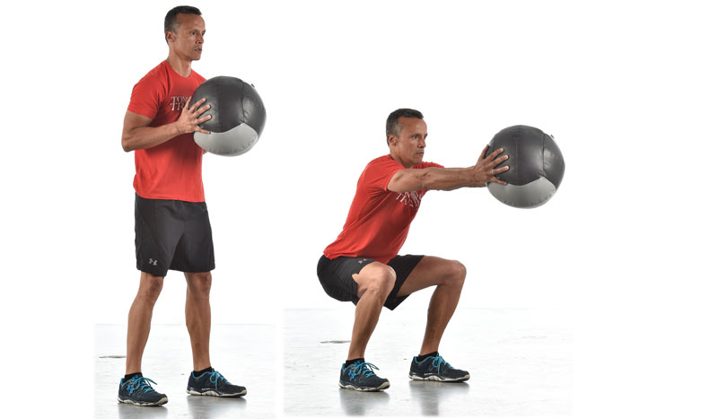 Pierde grasa a la fuerza: circuito con balón medicinal