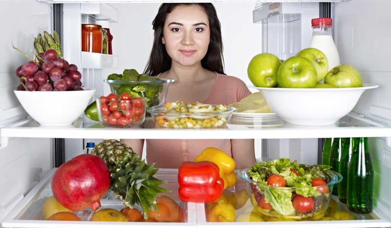 ¿Comer con más frecuencia acelera el metabolismo y ayuda a adelgazar?