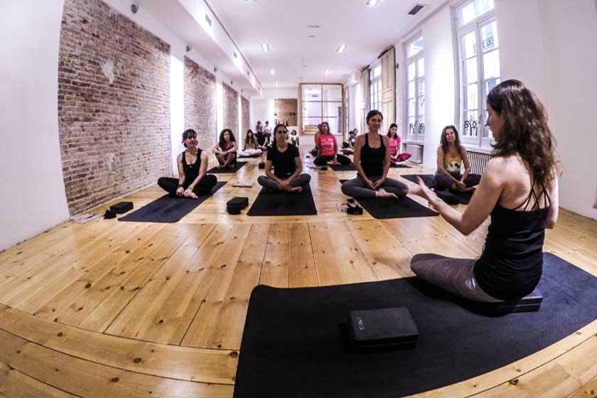 """Yoga y """"yogarunning"""" para celebrar el Día Internacional del Yoga"""