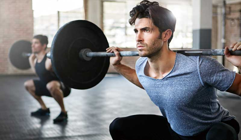 Si mi objetivo es la hipertrofia y el desarrollo de la fuerza, ¿cómo combino fuerza y cardio?