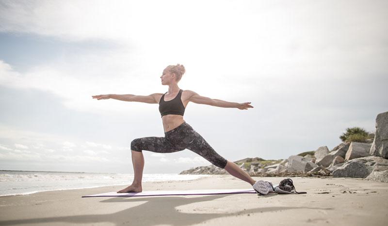 ¿Por qué deberías practicar yoga 'outdoor'?