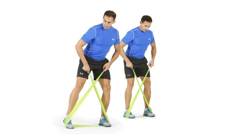 El ejercicio para tu cadera: Monster Walks resistido