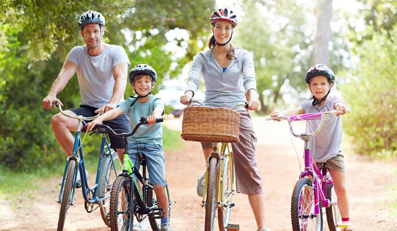 Claves para correr, nadar, hacer senderismo y pedalear ¡en familia!