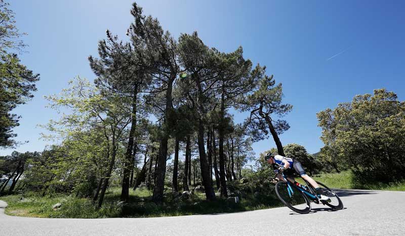 5 fallos al afrontar las curvas en bici