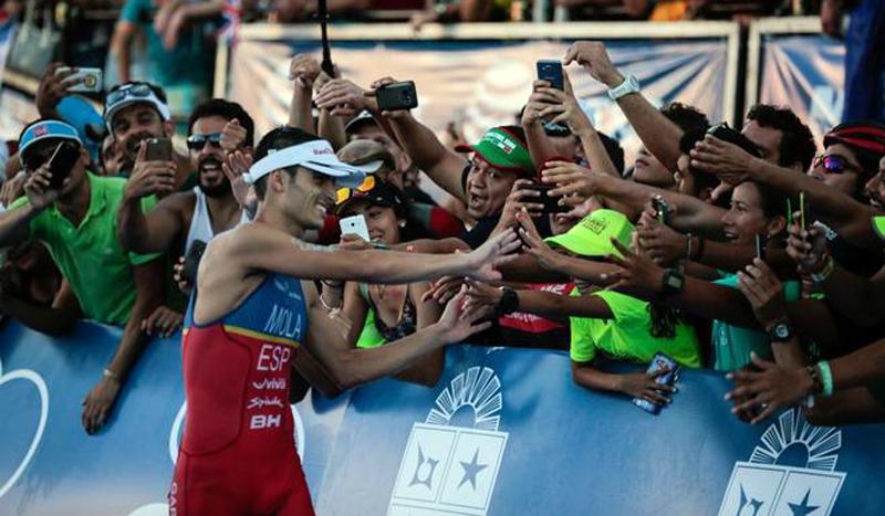 El rey del triatlón mundial se llama Mario Mola