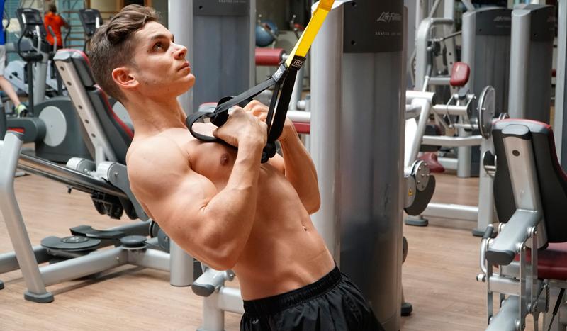 3 ejercicios de bíceps que te aportan algo más