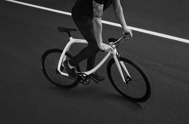 Metropolitan Bike R77: alta tecnología y diseño para ir en bici por ciudad