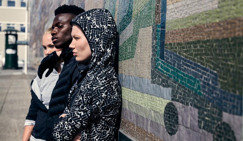 """¡Sobrecarga """"abstracta"""" de movimiento! La nueva colección para corredores Nike x Rostarr"""