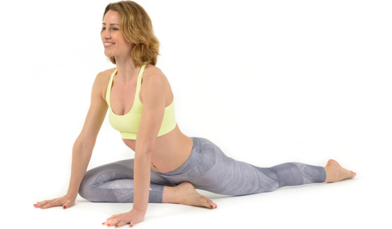 La paloma, la postura para cuidar tus rodillas