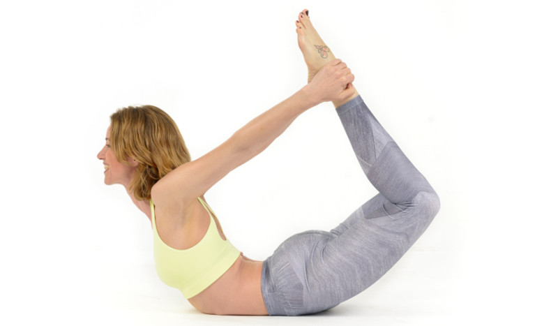 El arco, la postura que flexibiliza tu espalda