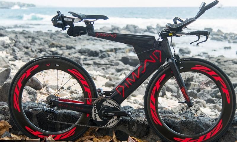 Le pide el divorcio tras comprar una bici de triatlón de 11.000 euros sin decirle nada