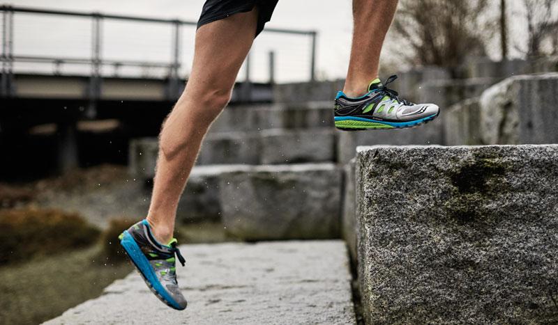 ¿Cómo debe ser la planificación del entrenamiento de la fuerza para un corredor?