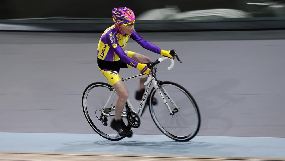 ¡Récord de la hora en bici con 105 años!