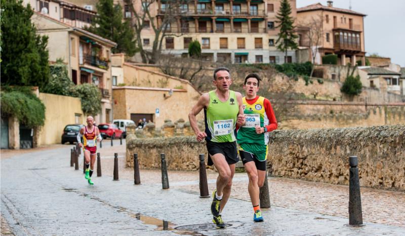Sorteamos cuatro dorsales para la Carrera Monumental de Segovia
