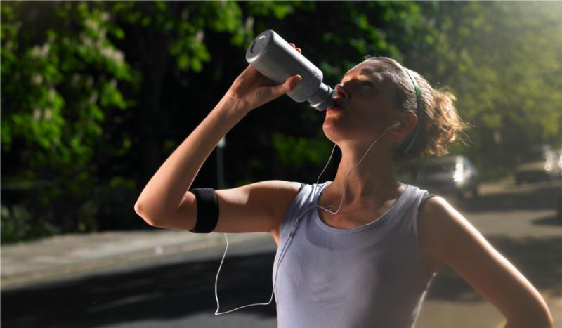 ¿Por qué nos tenemos que hidratar después de hacer deporte?