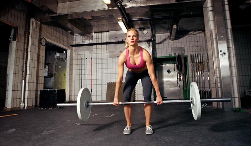 Radiografía al peso muerto: estos son los músculos que pones en marcha