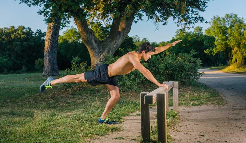 Ejercicios para ganar fuerza en abdominales y conseguir un alto gasto calórico