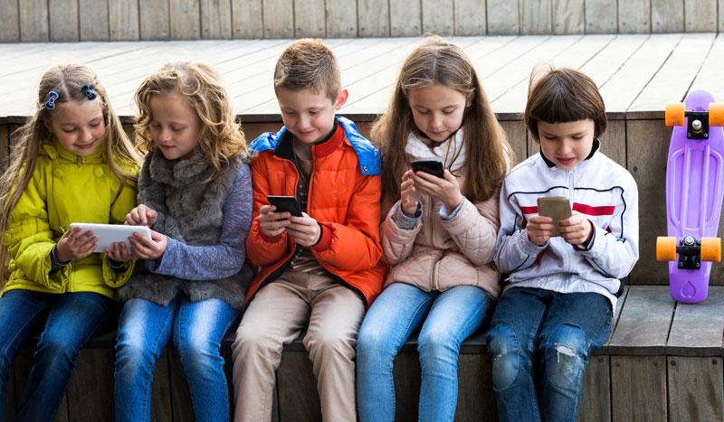 """¿Está tu hijo """"enganchado"""" a las nuevas tecnologías?"""