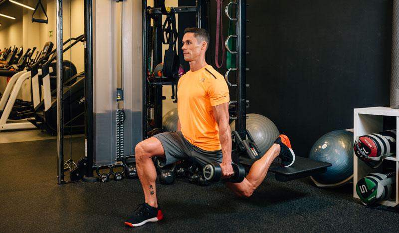 Squat unipodal: un ejercicio funcional y específico para tus piernas