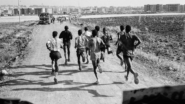 Así han entrenado para intentar correr el maratón en menos de 2 horas