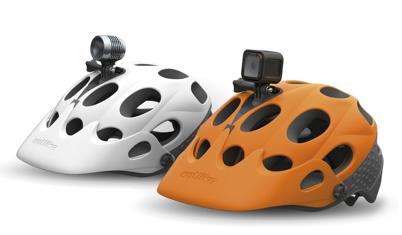 Nace el primer casco seguro para usar con cámara
