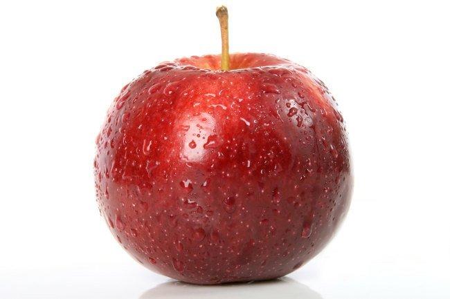 ¿Es malo comer fruta con piel?