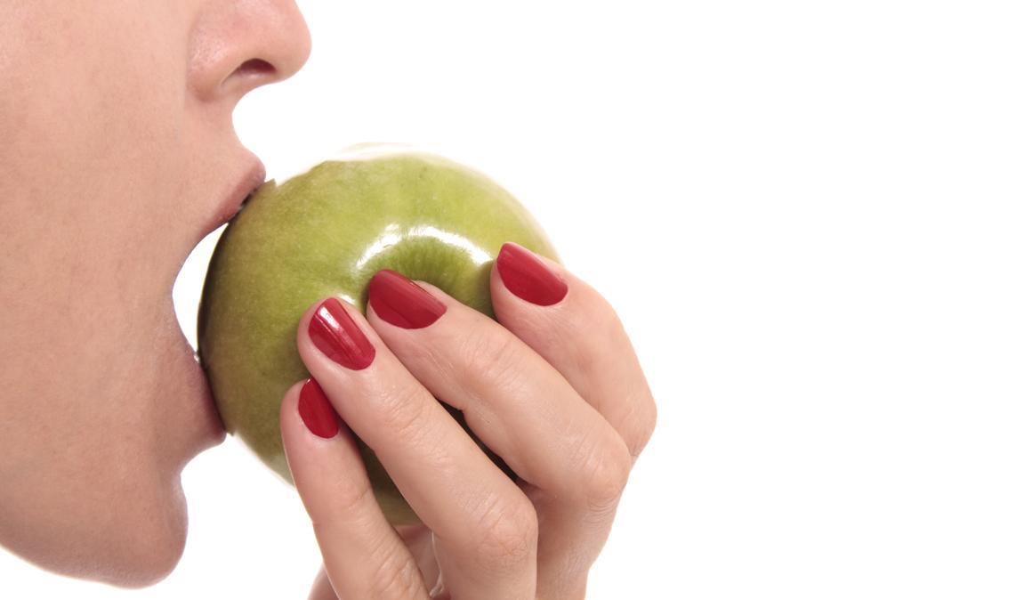 Zumo o pieza de fruta, ¿qué es mas saludable para una dieta fitness?