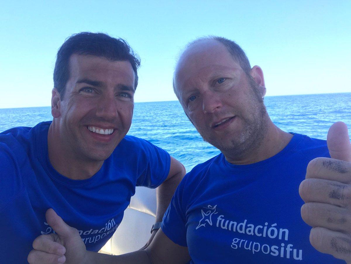 El nadador con lesión medular que ha nadado de Mallorca a Menorca