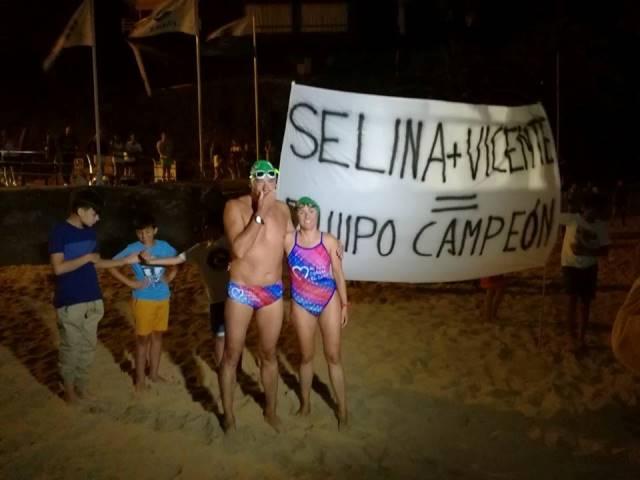 Selina y Vicente completan la travesía a nado de Santander a Bilbao
