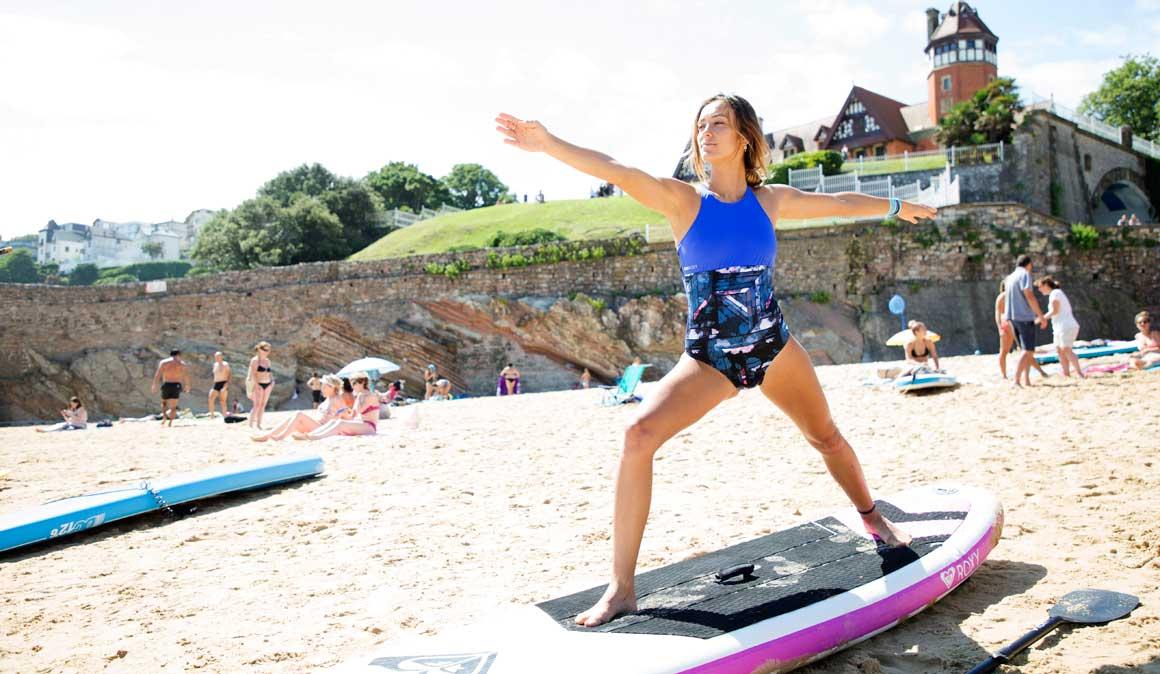 El yoga más surfero: ¡2 posturas para tus abdominales!