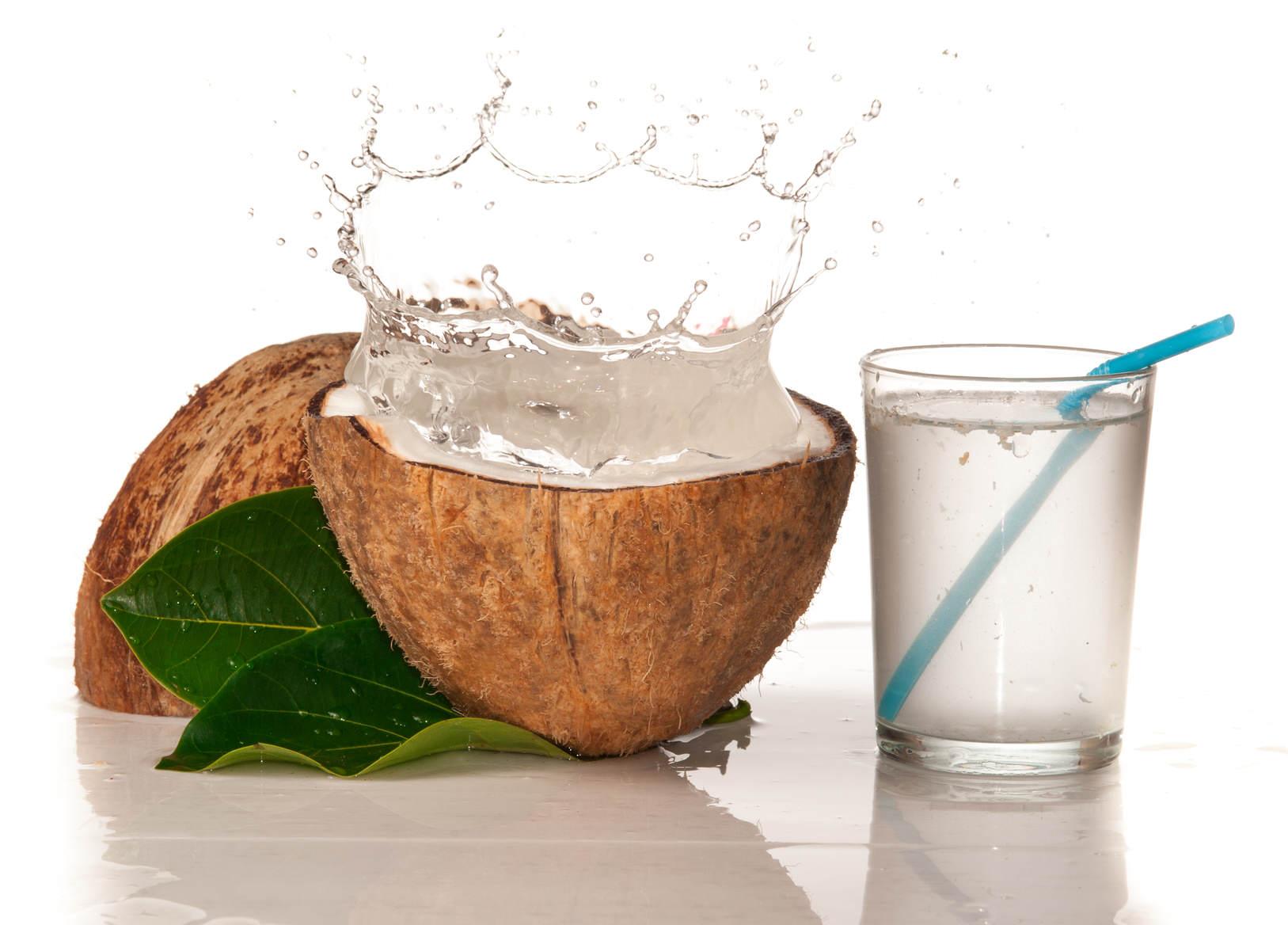 Agua de coco, solución para los calambres