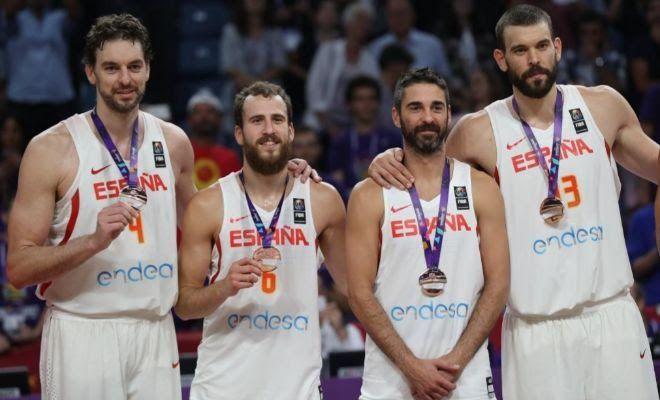 España gana el bronce en el adiós de Navarro