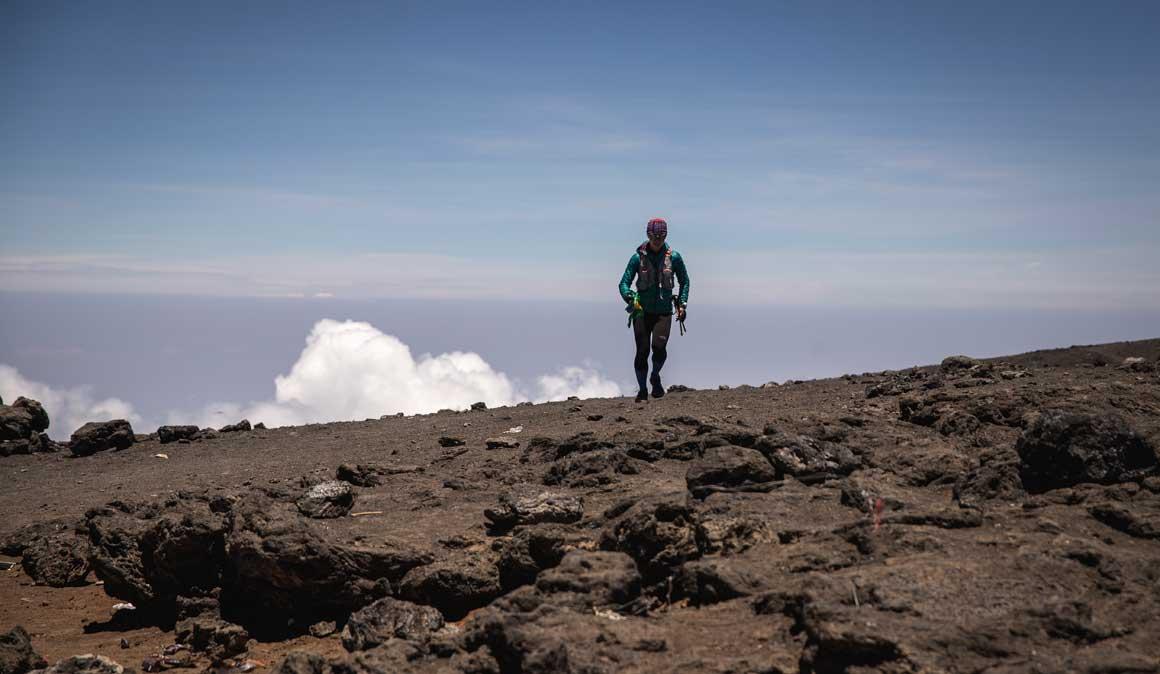 Fernanda Maciel, la más rápida en subir y bajar el Kilimanjaro