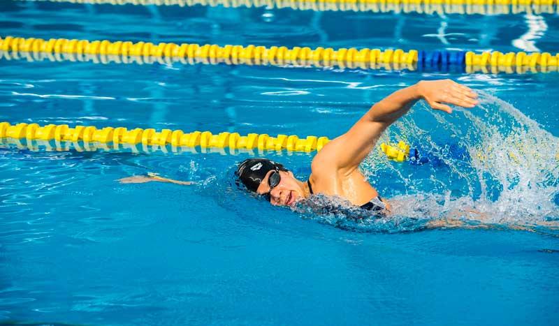 Los puntos claves para un estilo a crol de 10 en natación