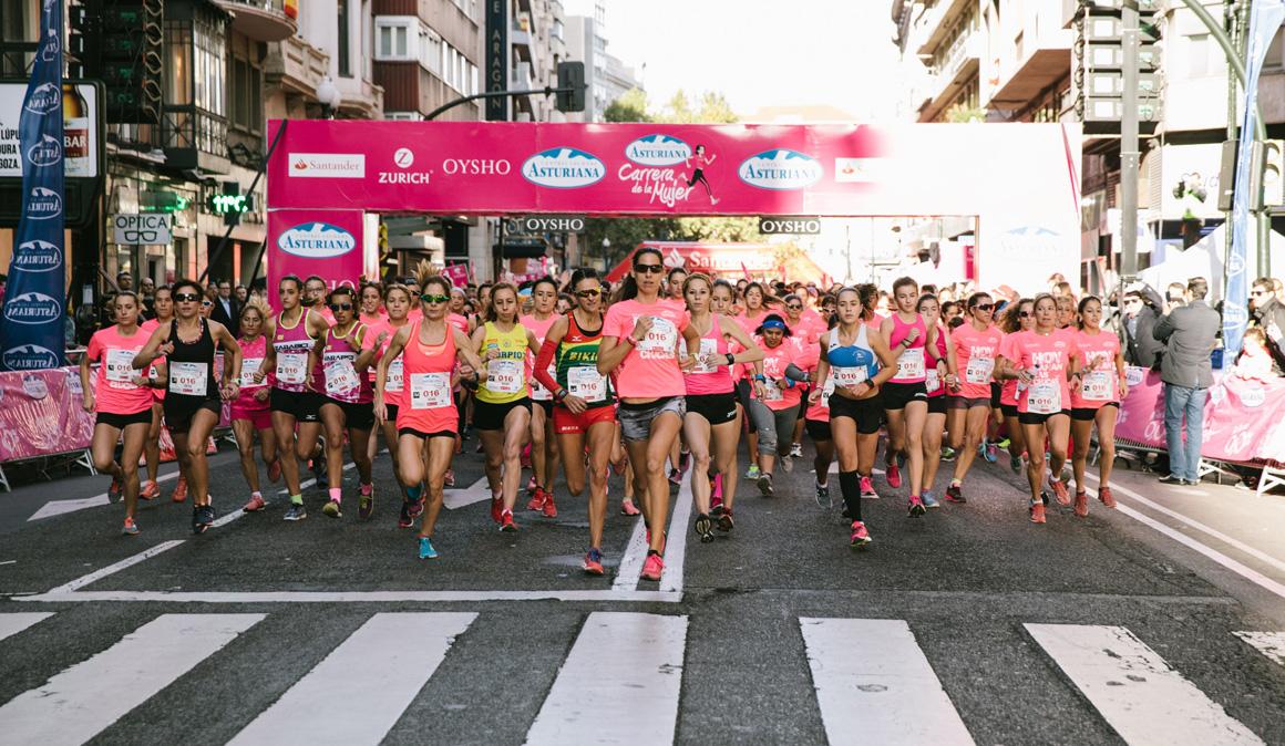 10.000 mujeres inundaron las calles de Zaragoza en la Carrera de la Mujer