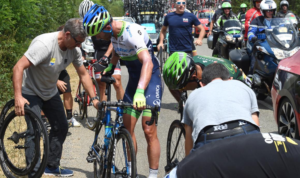 La asistencia mecánica en las carreras ciclistas
