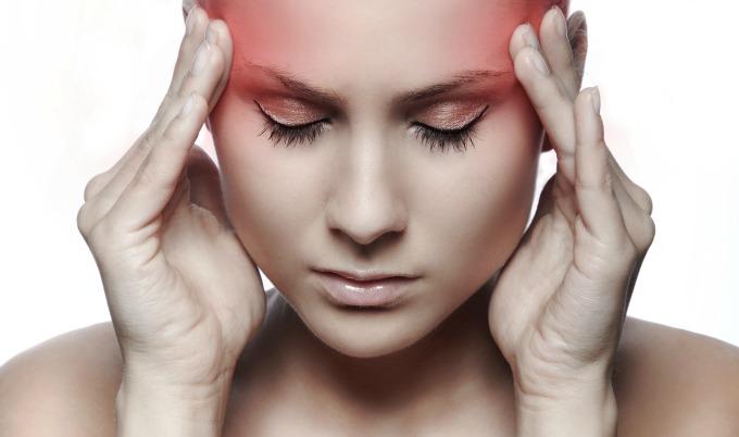 Si hoy te duele la cabeza, puede ser por el cambio horario