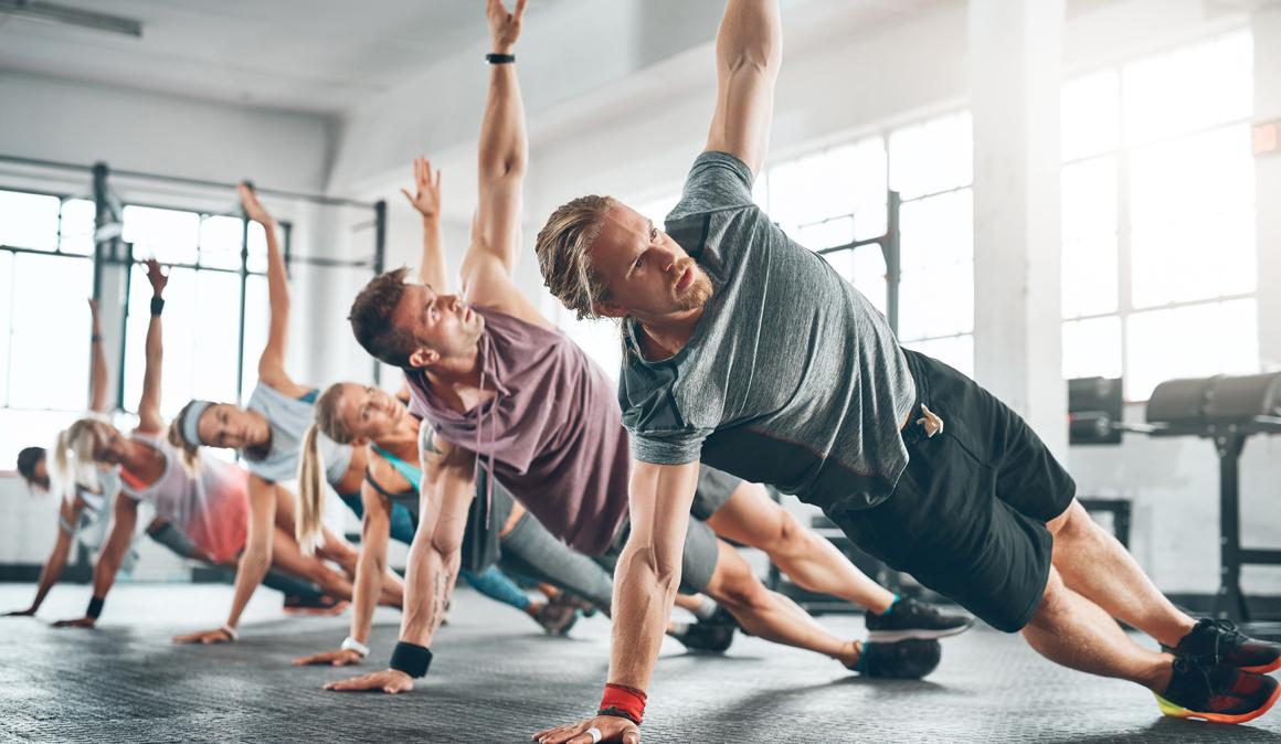 Desmotando mitos fitness: batidos que evitan el catabolismo, masajes recuperadores y entrenamiento con antiinflamatorios