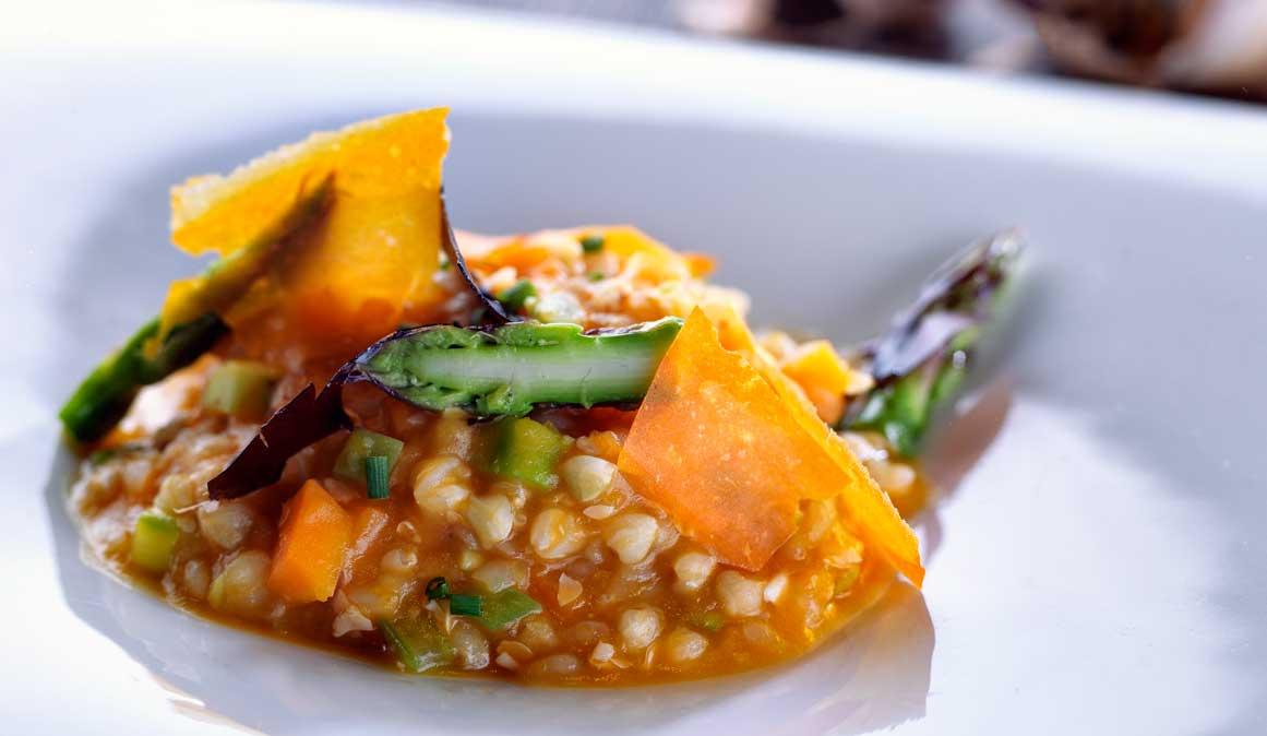 Receta de risotto de trigo sarraceno con calabaza para un Halloween saludable