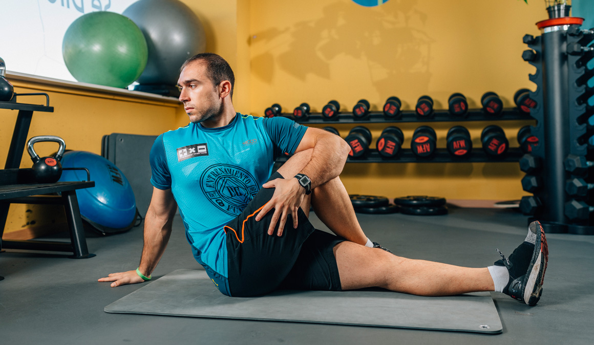 Estiramientos para recuperar, liberar músculos y dormir bien después del trabajo