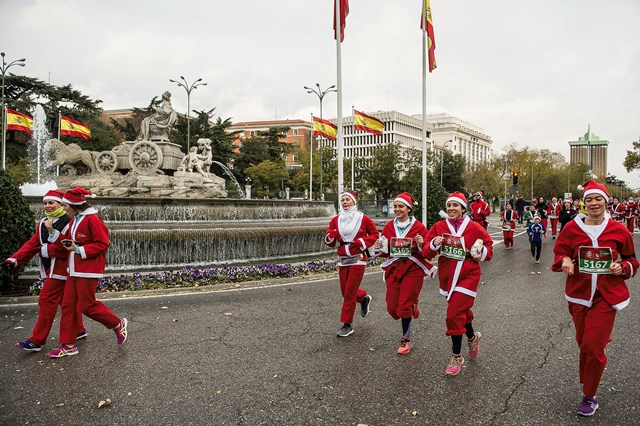 7.000 participantes llenan la Carrera Papa Noel de Madrid
