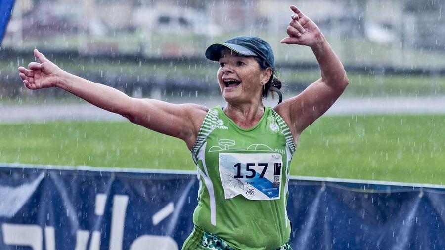 Una corredora muere al ser arrastrada por una ola mientras entrenaba