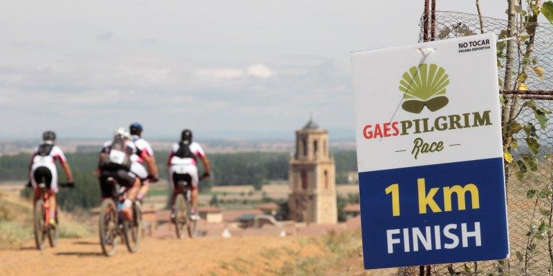 La carrera que une Madrid y Santiago en bici