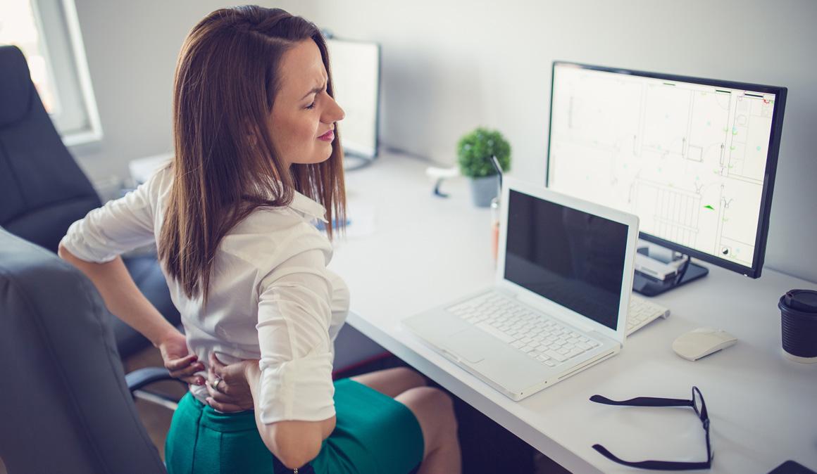 La postura perfecta para sentarte y evitar el dolor de espalda