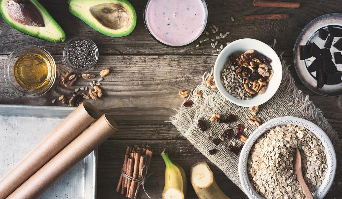 Avena, miel y semillas de chía, 3 superalimentos para la dieta del deportista