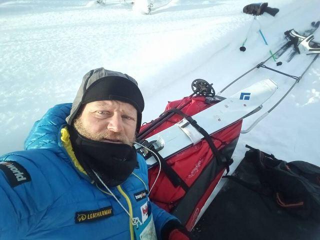 Antonio de la Rosa sigue adelante en la Lapland Extreme Challenge con 30 grados bajo cero